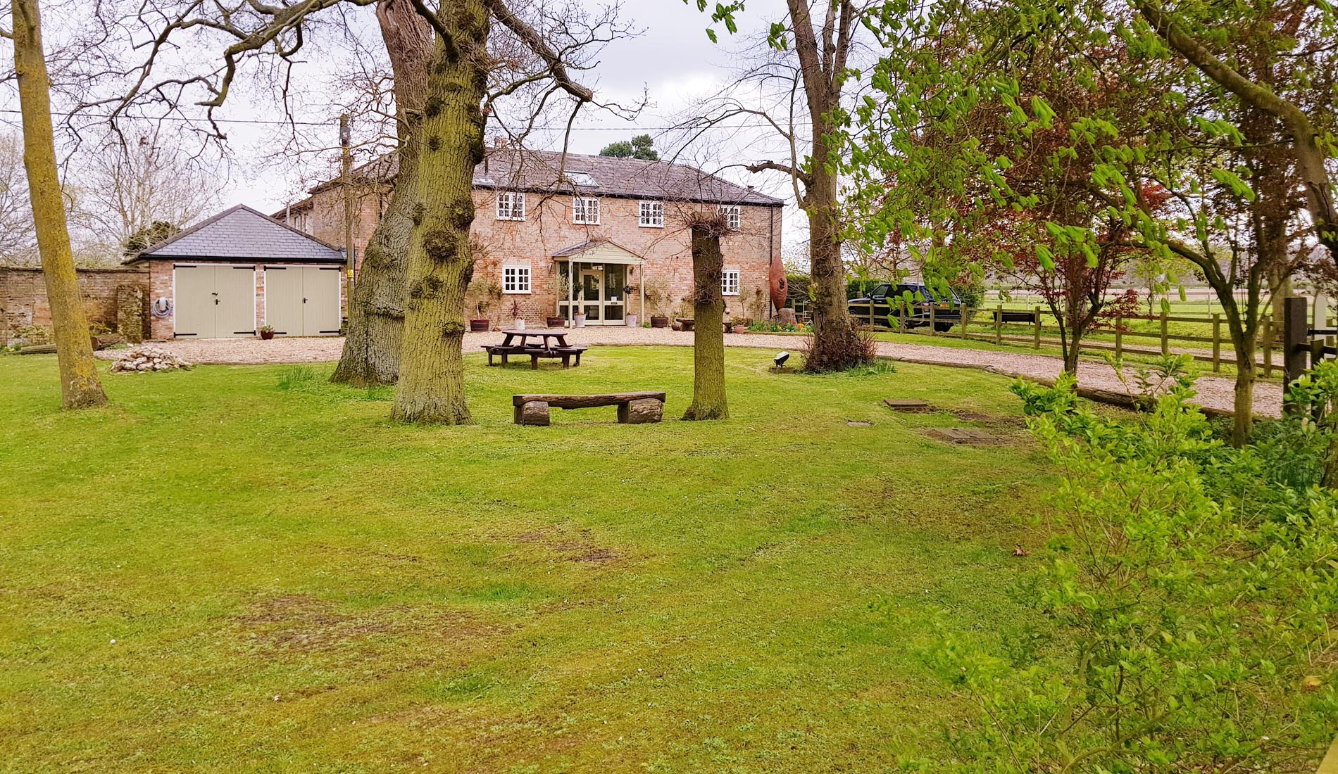 Hilgay, Thetford Forest country house group accommodation for 8, 9, 10, 11